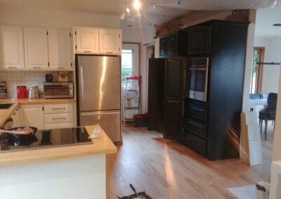 rénovation portes et armoires de cuisine rénovée